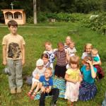 Детки на пикнике